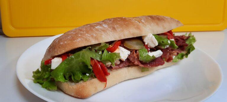 sandwish to go codlea